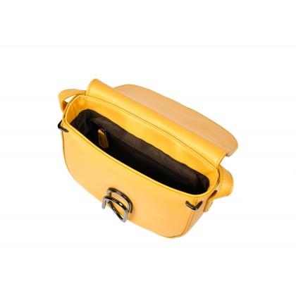 La Vie Ygeme Saddle Crossbody Handbag with Oral Bucket Closure